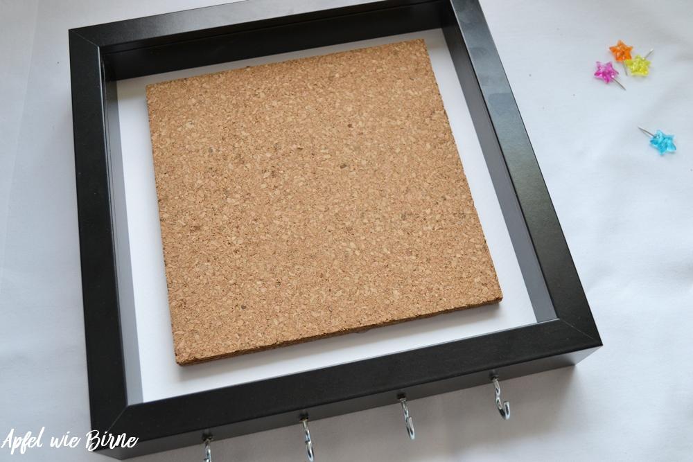 apfel wie birne pinnwand zum aufh ngen und anh ngen apfel wie birne. Black Bedroom Furniture Sets. Home Design Ideas